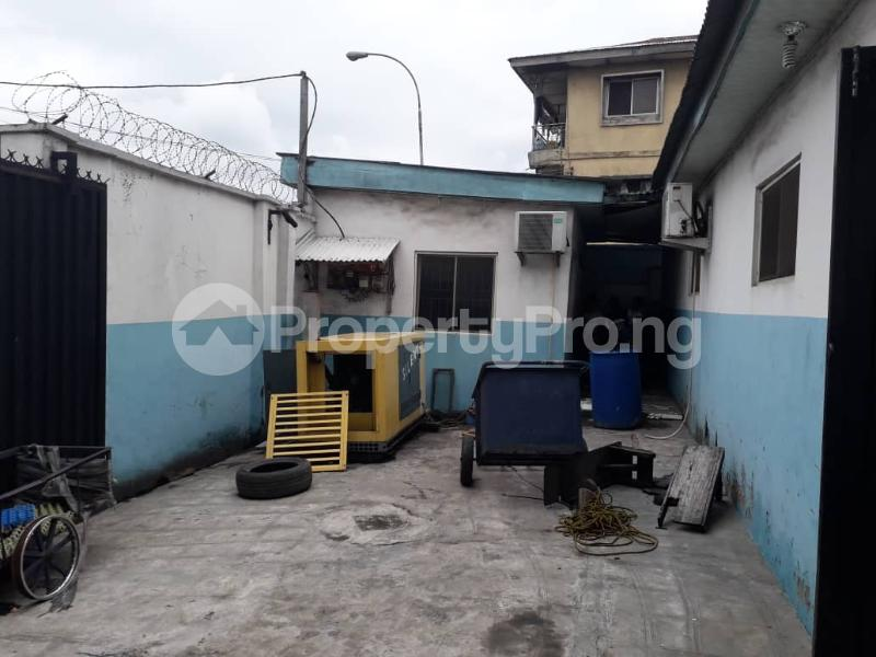 Warehouse Commercial Property for rent Boundary  Ajegunle Apapa Lagos - 4