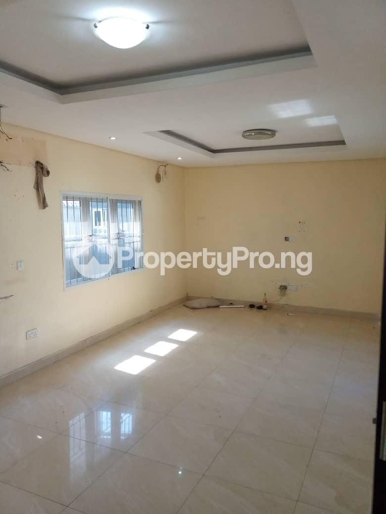4 bedroom Detached Duplex House for rent JALUPON Adeniran Ogunsanya Surulere Lagos - 6