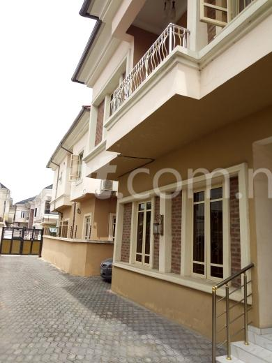 5 bedroom House for sale Toyosi Ayetoro Street Lekki Lagos - 7