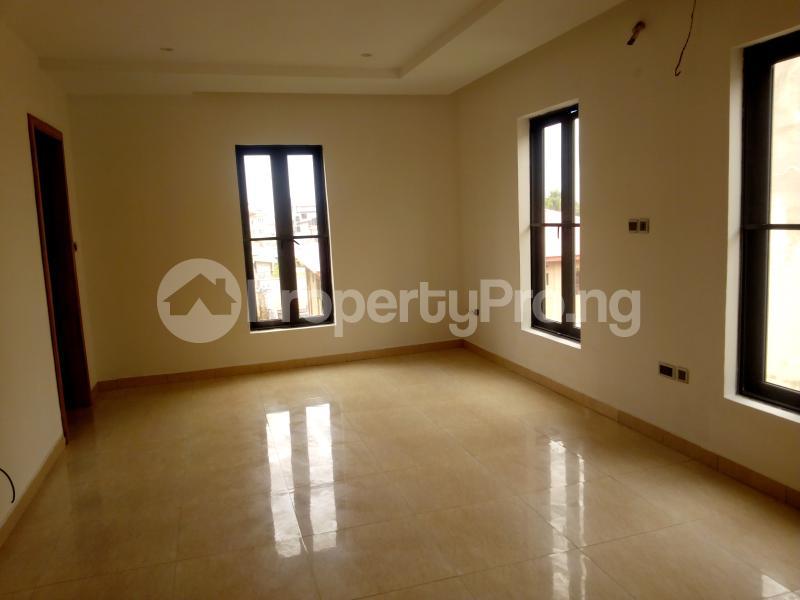 4 bedroom Flat / Apartment for rent ONIRU Victoria Island Lagos - 4