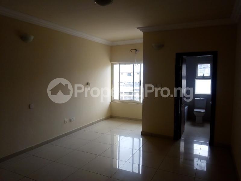 4 bedroom Flat / Apartment for rent ONIRU Victoria Island Lagos - 2