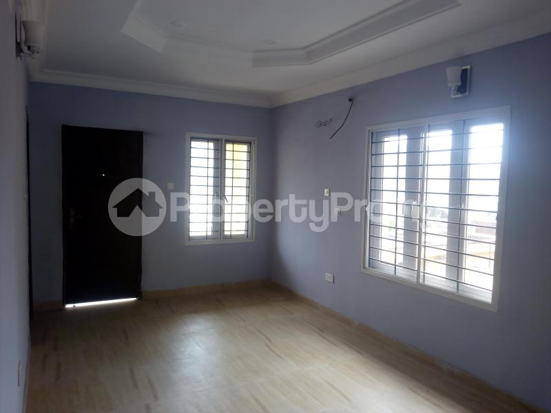4 bedroom Semi Detached Duplex House for rent Lekki Phase 1 Lekki Lagos - 9