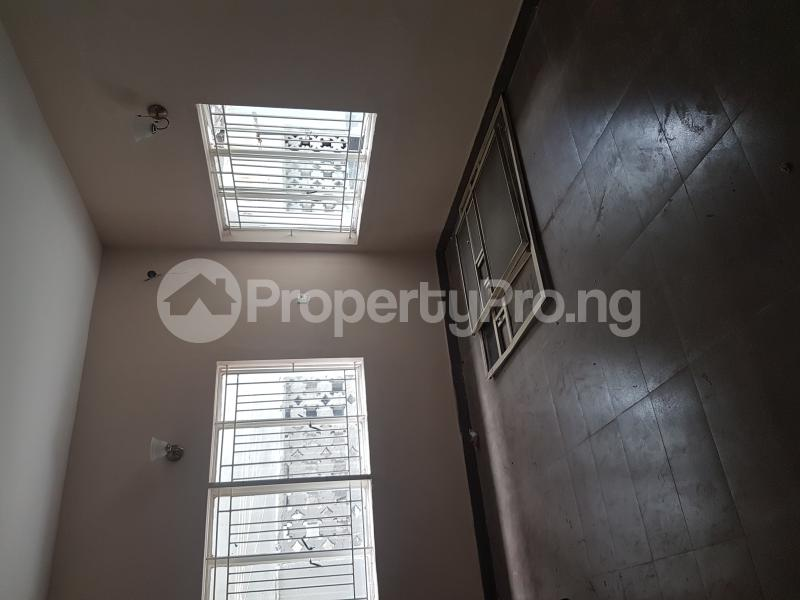 3 bedroom Flat / Apartment for rent Calabar Street Adelabu Surulere Lagos - 4