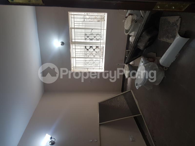 3 bedroom Flat / Apartment for rent Calabar Street Adelabu Surulere Lagos - 6