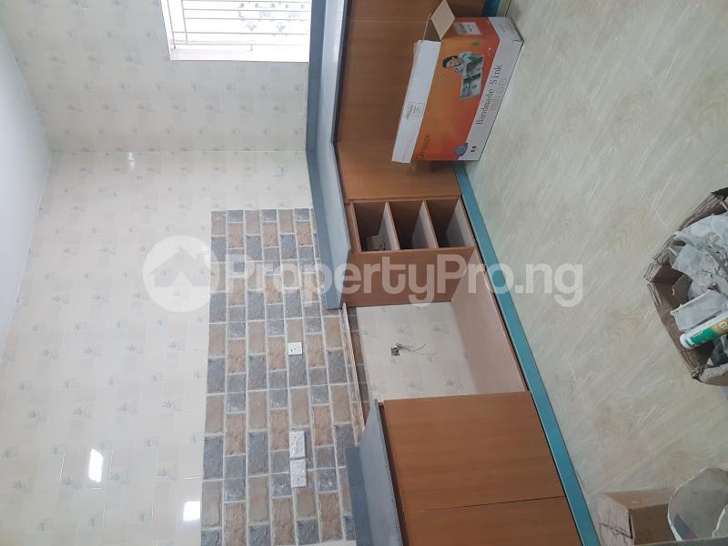 3 bedroom Flat / Apartment for rent Calabar Street Adelabu Surulere Lagos - 7
