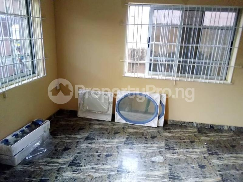 1 bedroom mini flat  Mini flat Flat / Apartment for rent Ejire Street off Karohunwi Street by Oduduwa Street  Kilo-Marsha Surulere Lagos - 4
