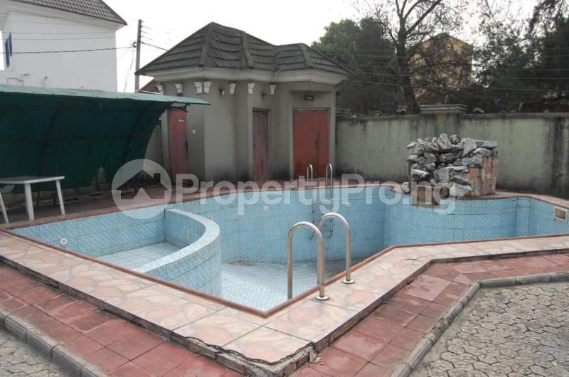 6 bedroom Detached Duplex House for sale Effurun, GRA Warri Delta - 3