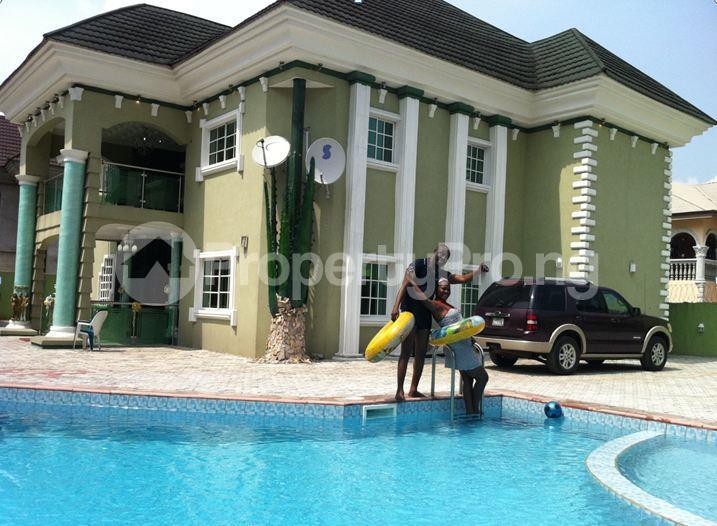 6 bedroom Detached Duplex House for sale Effurun, GRA Warri Delta - 4