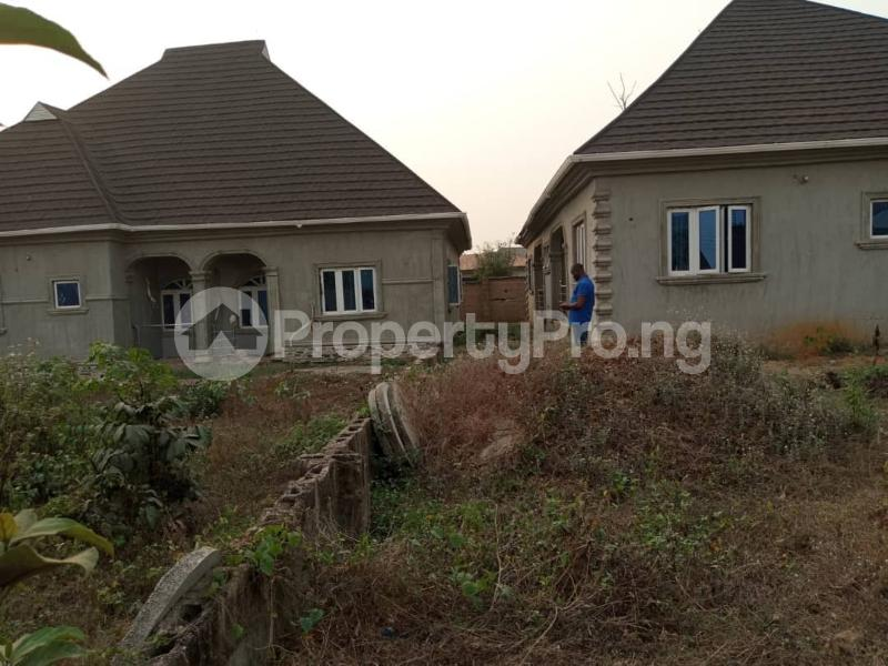 4 bedroom Shared Apartment Flat / Apartment for sale Alagbaka Akure Ondo - 3