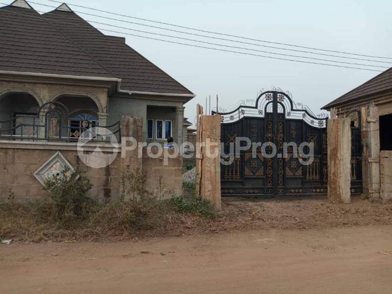 4 bedroom Shared Apartment Flat / Apartment for sale Alagbaka Akure Ondo - 0