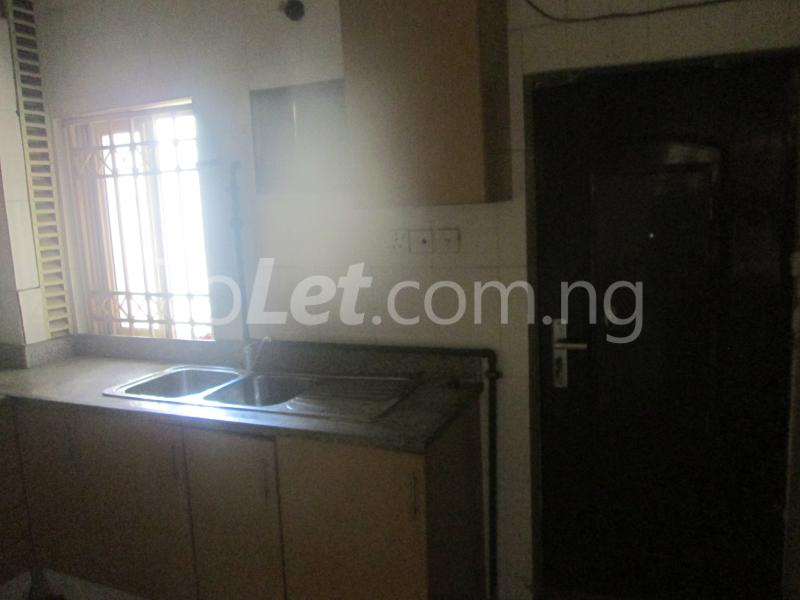 3 bedroom Flat / Apartment for rent Elegant Court, Ilaje Ajah Lagos - 21