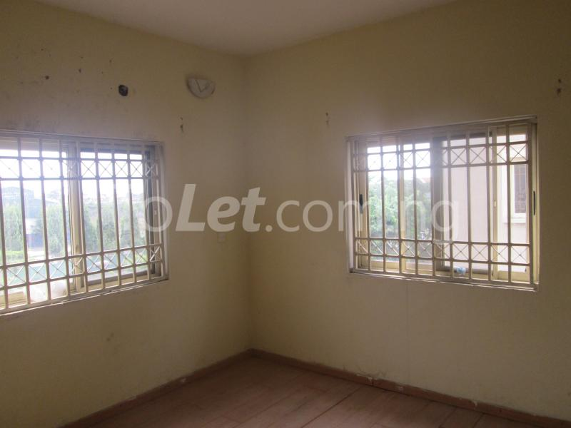 3 bedroom Flat / Apartment for rent Elegant Court, Ilaje Ajah Lagos - 36