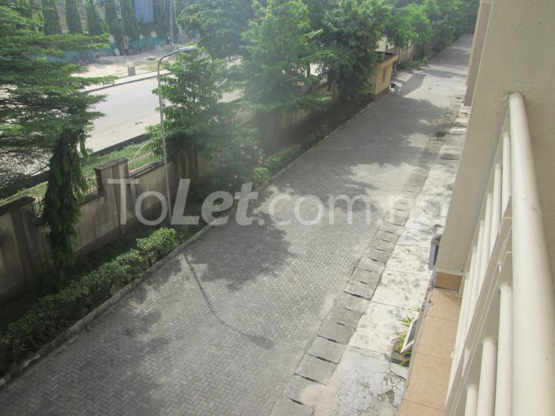 3 bedroom Flat / Apartment for rent Elegant Court, Ilaje Ajah Lagos - 17