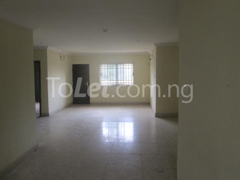 3 bedroom Flat / Apartment for rent Elegant Court, Ilaje Ajah Lagos - 15