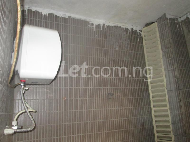 3 bedroom Flat / Apartment for rent Elegant Court, Ilaje Ajah Lagos - 34