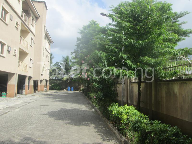 3 bedroom Flat / Apartment for rent Elegant Court, Ilaje Ajah Lagos - 4