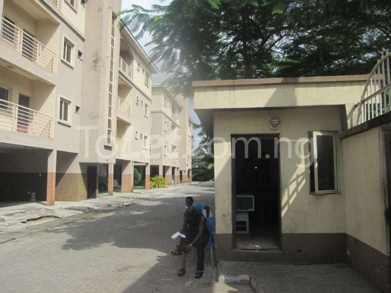 3 bedroom Flat / Apartment for rent Elegant Court, Ilaje Ajah Lagos - 7
