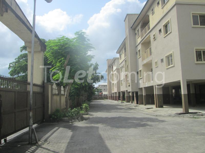 3 bedroom Flat / Apartment for rent Elegant Court, Ilaje Ajah Lagos - 6
