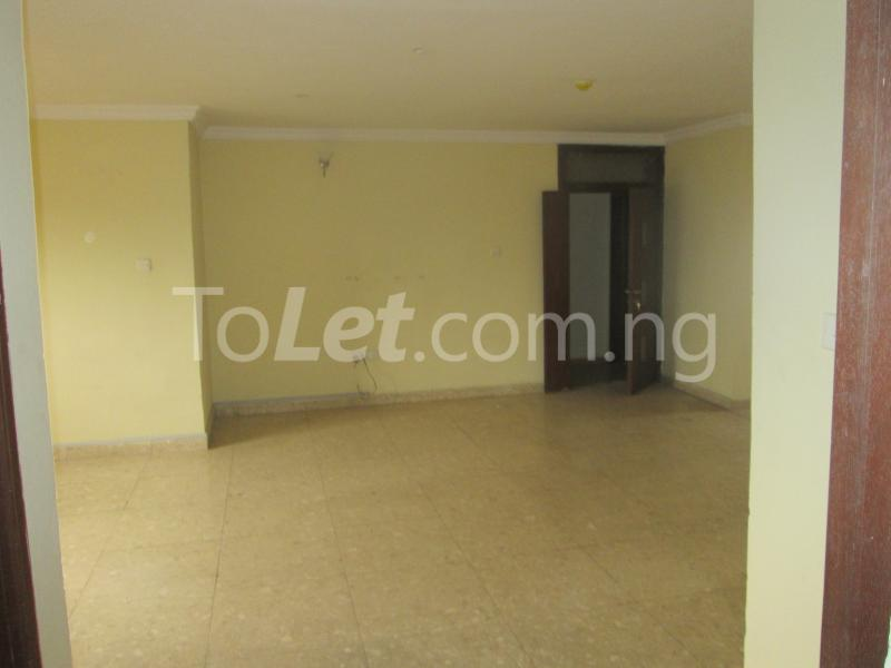 3 bedroom Flat / Apartment for rent Elegant Court, Ilaje Ajah Lagos - 12