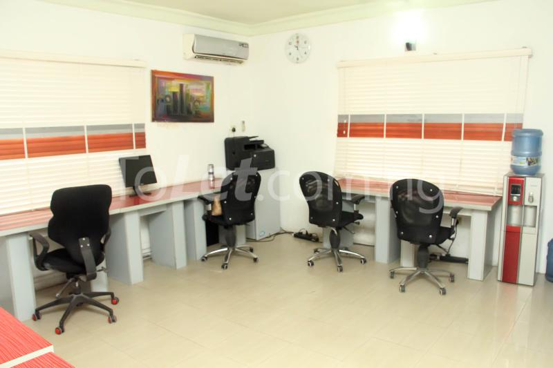 Private Office Co working space for rent 14a, Bayo Dejonwo LSDPC Maryland Estate Maryland Lagos - 9