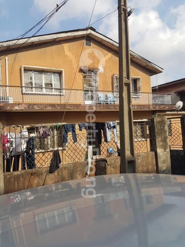 House for sale Olaitan Onasanya Street off Cole Street by Olufemi Street  Ogunlana Surulere Lagos - 0