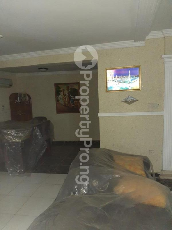 5 bedroom Flat / Apartment for sale Iju road, ishaga Lagos Iju Lagos - 5