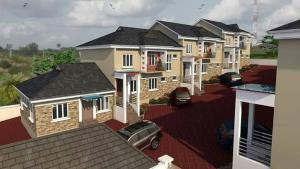 9 bedroom Detached Duplex House for sale main avenue  Iyanganku Ibadan Oyo