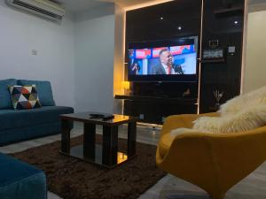 1 bedroom mini flat  Mini flat Flat / Apartment for shortlet Off Awolowo Road Ikoyi Lagos