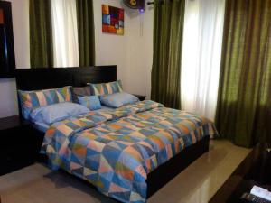 1 bedroom mini flat  Flat / Apartment for shortlet Rev. Ogunbiyi street  Ikeja GRA Ikeja Lagos