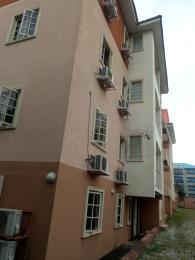 10 bedroom Mini flat Flat / Apartment