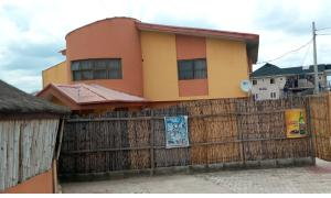 Hotel/Guest House Commercial Property for rent sharp corner oluyole estate Ibadan.  Ibadan Oyo