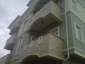 4 bedroom Flat / Apartment for sale sholuyi, Gbagada Gbagada Lagos