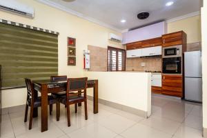 3 bedroom Mini flat Flat / Apartment for sale around lekki second roundabout  Ikate Lekki Lagos