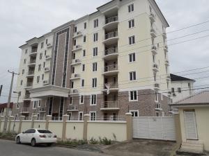 3 bedroom Flat / Apartment for rent off babatunde anjous, lekki phase one. Lekki Phase 1 Lekki Lagos
