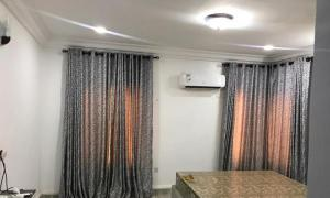 4 bedroom Terraced Duplex House for rent . Wuse 2 Abuja