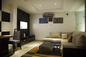 1 bedroom mini flat  Flat / Apartment for shortlet Off Awolowo Road Awolowo Road Ikoyi Lagos - 0