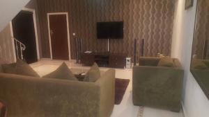 2 bedroom Flat / Apartment for shortlet Off Awolowo road Awolowo Road Ikoyi Lagos