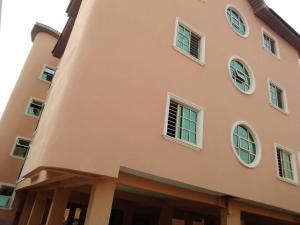 2 bedroom Blocks of Flats House for rent ... Ago palace Okota Lagos