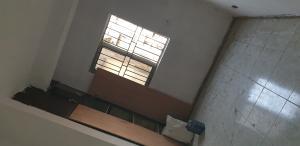 2 bedroom Flat / Apartment for rent Adekunle, Yaba.  Adekunle Yaba Lagos