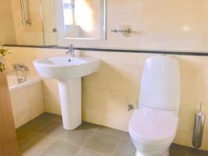 2 bedroom Flat / Apartment for rent Old Ikoyi Ikoyi Lagos