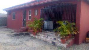 2 bedroom House for sale Medina Estate Medina Gbagada Lagos