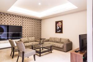 2 bedroom Shared Apartment Flat / Apartment for shortlet 1412 ahmadu bello way  Ahmadu Bello Way Victoria Island Lagos