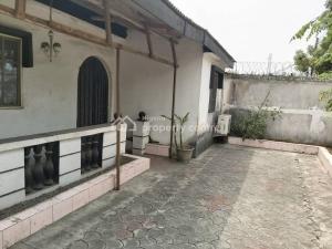 2 bedroom Detached Bungalow House for sale    Abraham adesanya estate Ajah Lagos