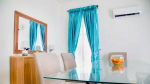 2 bedroom House for shortlet lakowe lake resort, Ajah Lagos