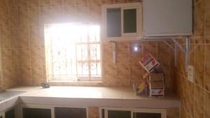 2 bedroom Blocks of Flats House for rent Olusoji ,Oluyole estate Akobo Ibadan Oyo