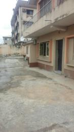 2 bedroom Flat / Apartment for rent off cole street  Ogunlana Surulere Lagos