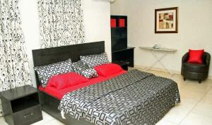 2 bedroom Shared Apartment Flat / Apartment for shortlet Rev. Ogunbiyi street  Ikeja GRA Ikeja Lagos