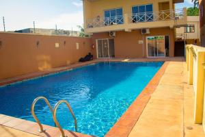 2 bedroom Flat / Apartment for shortlet Mosley road  Ikoyi Lagos