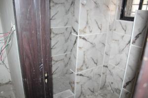2 bedroom Flat / Apartment for sale - chevron Lekki Lagos