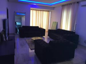 2 bedroom Flat / Apartment for shortlet Off Admiralty way Lekki Phase 1 Lekki Lagos